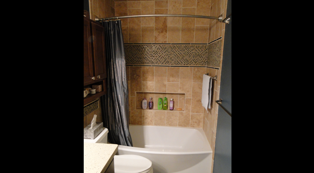 Sleek new tub with cubby for soaps